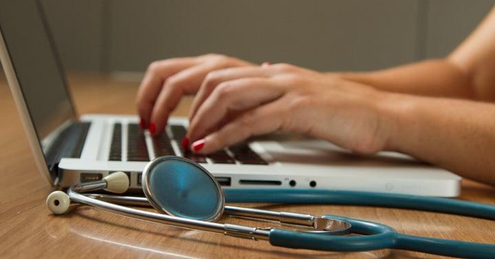 Managed IT für die Arztpraxis: Die wichtigsten Dienste des IT-Partners